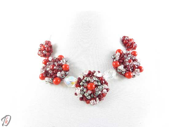 Red Rose necklace/ogrlica