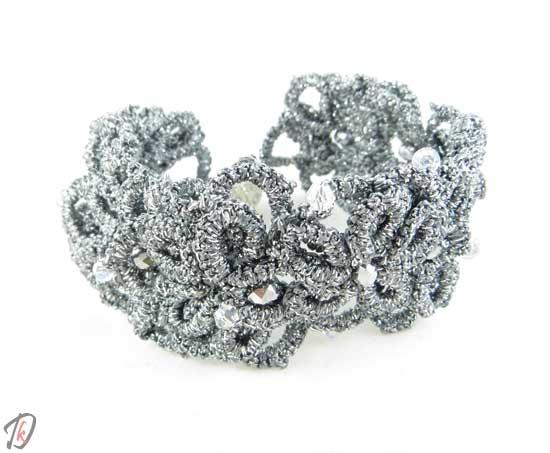 Silver elegant lace bracelet/zapestnica